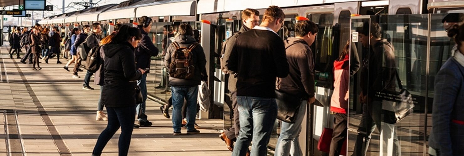 Safety Message Passengers Caught in Rolling Stock Doors